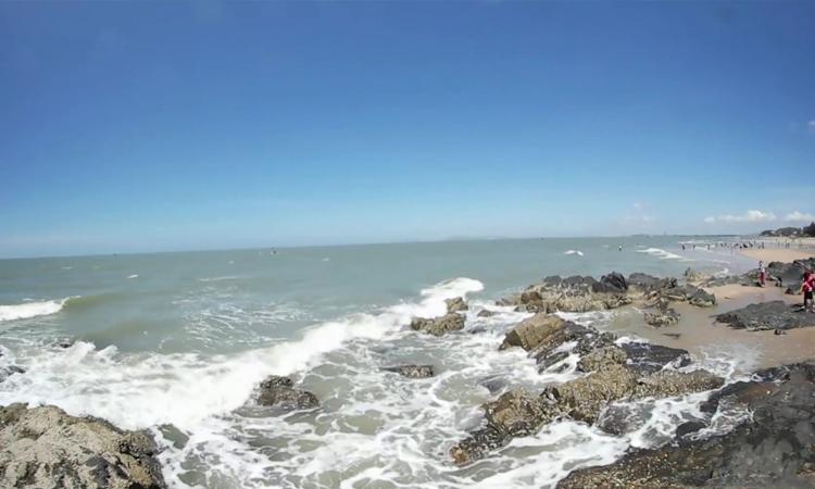 Biển Long Hải - bãi đá