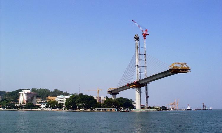 Cầu Bãi Cháy - đang xây dựng