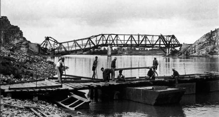 Cầu Hàm Rồng 08