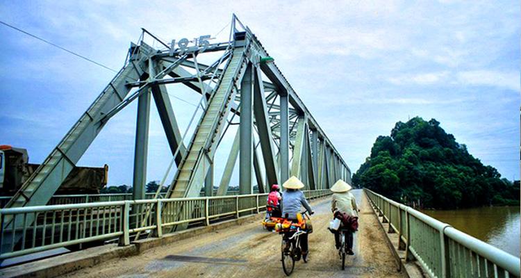 Cầu Hàm Rồng 12