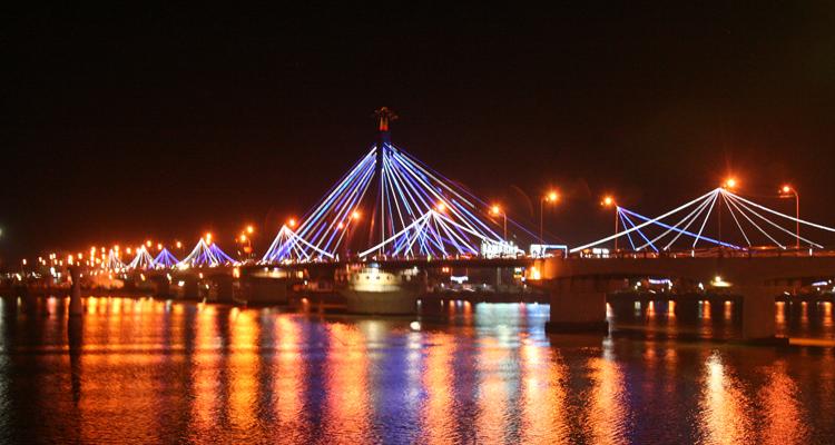 Cầu Quay sông Hàn 02
