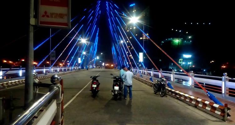 Cầu Quay sông Hàn 07