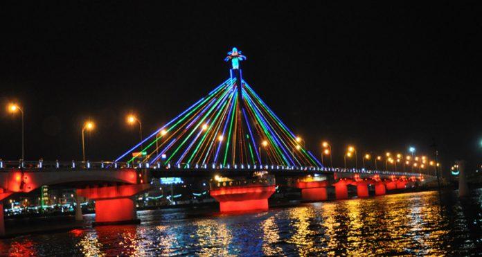 Cầu Quay sông Hàn 08