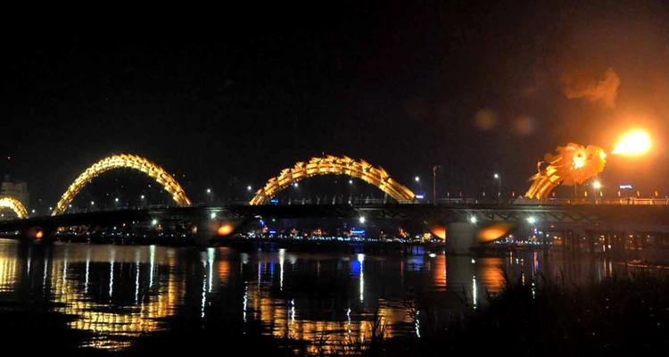 Cầu Rồng Đà Nẵng 14