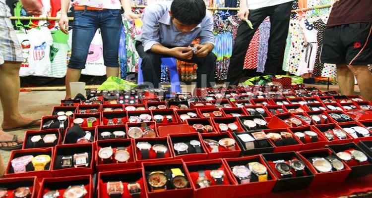 Chợ Hạnh Thông Tây là ngôi chợ bán lẻ giá sỉ lớn nhất ở Sài Gòn