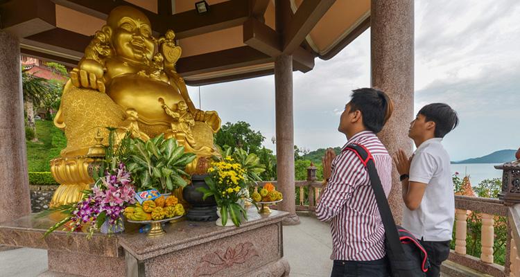Chùa Cái Bầu Quảng Ninh 09