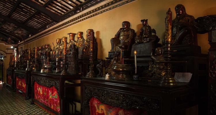 Chùa Giác Lâm - pho tượng