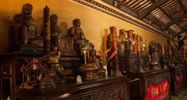 Chùa Giác Lâm - tượng cổ