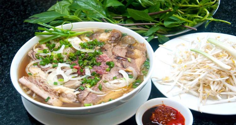 Đặc sản Nam Định - phở thịt bò