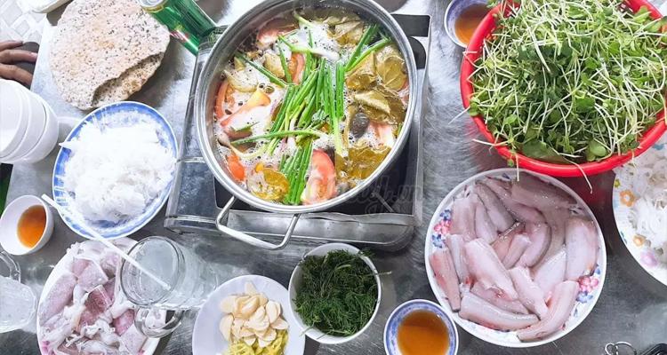 Đặc sản Quảng Bình - lẩu cá khoai