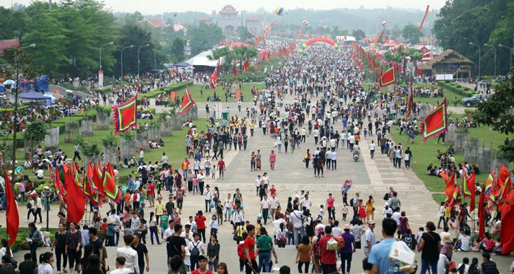 Đền Hùng Phú Thọ ngày giỗ tổ