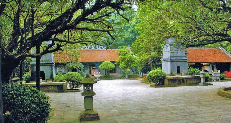 Đền Hùng Phú Thọ chùa Thiên Quang