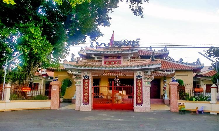Du lịch Rạch Giá - đền thờ