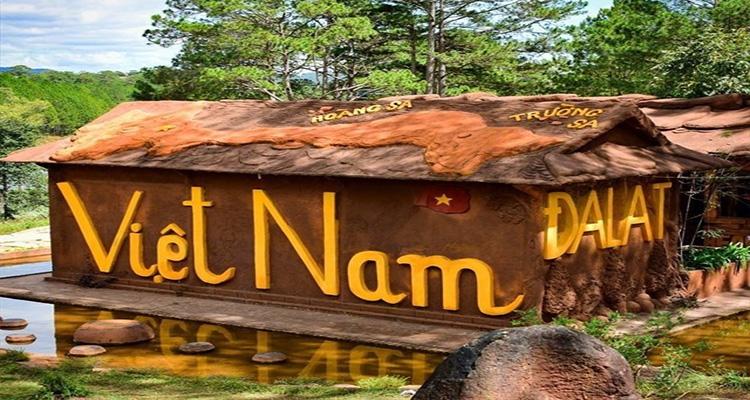 Đường hầm đất sét - Ngôi nhà đất sét Việt Nam