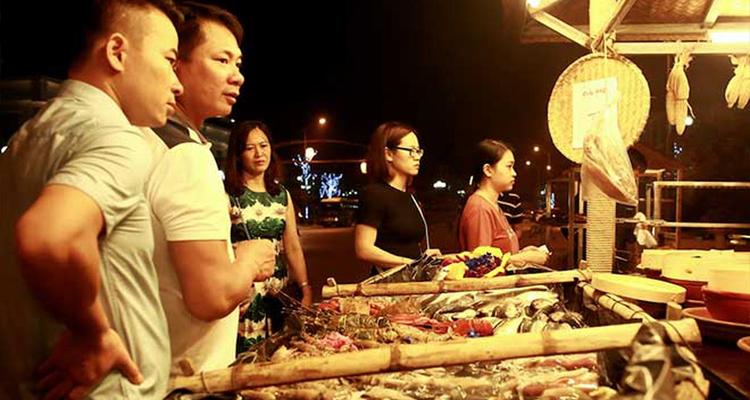 FLC Sầm Sơn - chợ quê