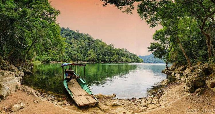 Hồ Ba Bể hình ảnh