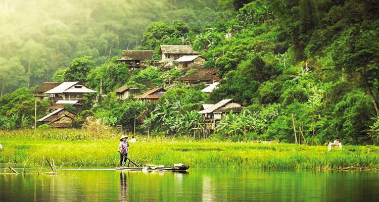 Du lịch hồ Ba Bể bản Pác Ngòi