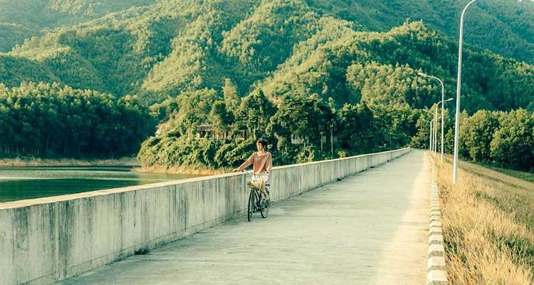 Hồ Hòa Trung 03