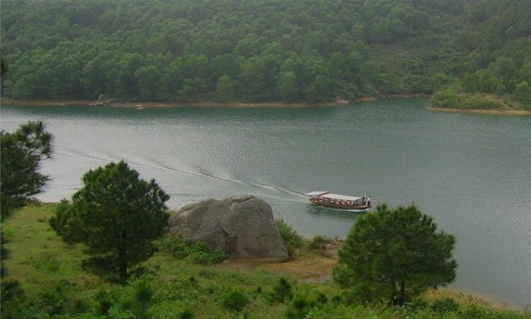 Hồ Kẻ Gỗ - sinh thái