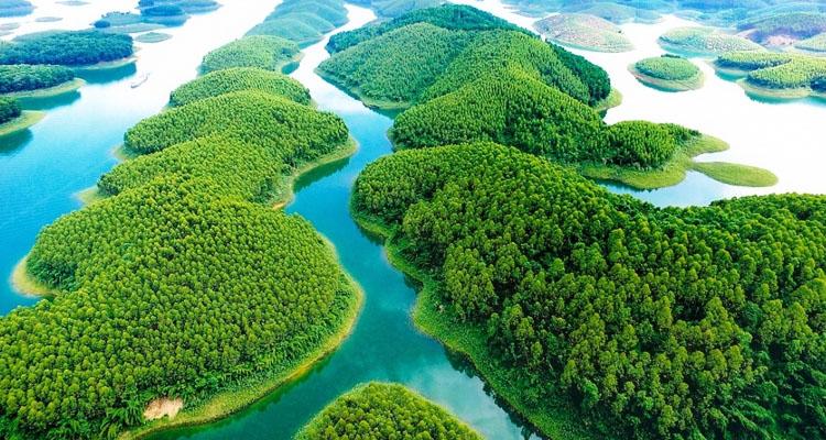 Hồ Thác Bà Yên Bái từ trên cao