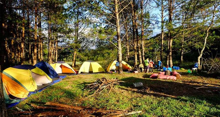 Hồ Tuyền Lâm - dựng lều