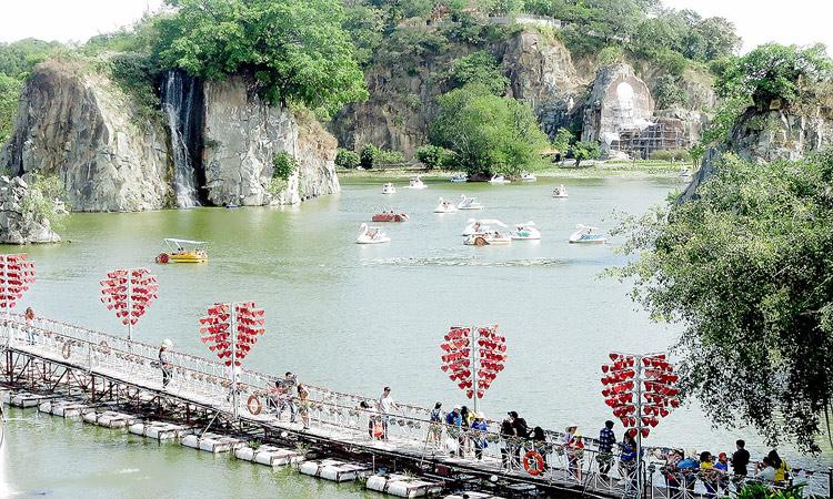 Khu du lịch Bửu Long - cầu tình yêu