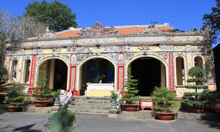 Khu du lịch Bửu Long - chùa