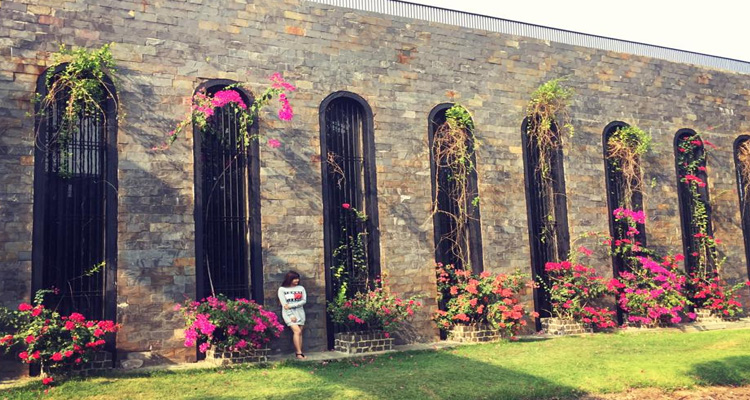 Khu du lịch Văn Thánh - Lâu đài Long Island