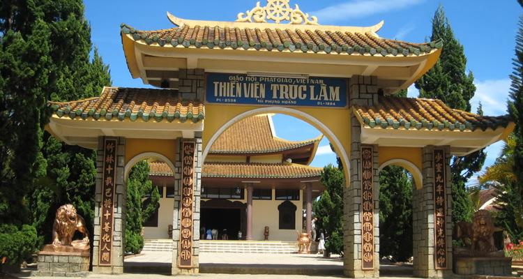 Kinh nghiệm du lịch Đà Lạt thiền viện trúc lâm