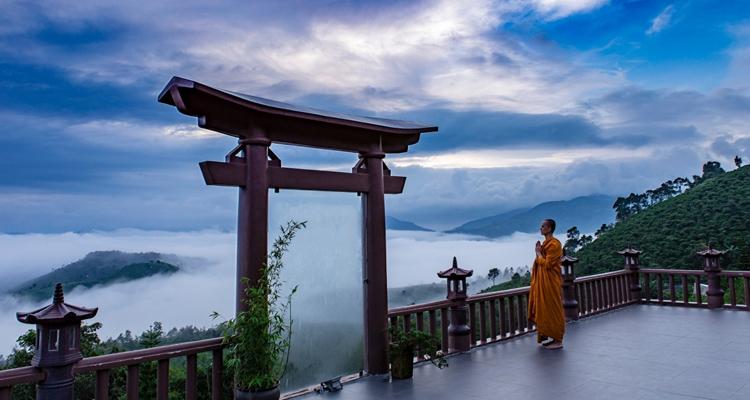 Kinh nghiệm du lịch Đà Lạt chùa linh quy pháp ấn
