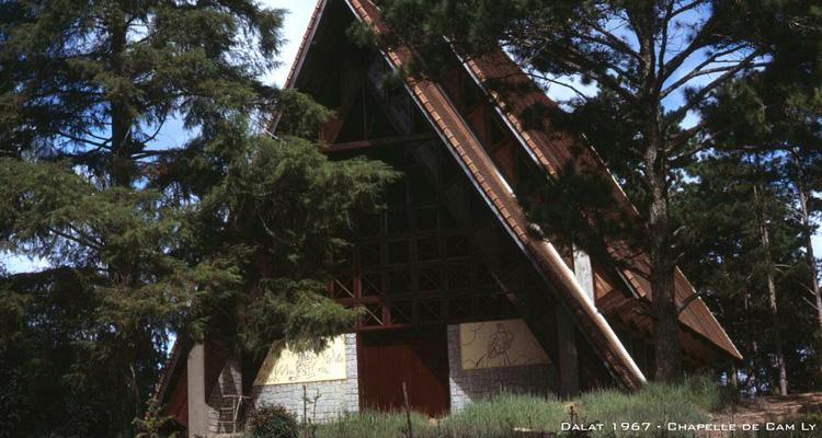 Kinh nghiệm du lịch Đà Lạt nhà thờ cam ly