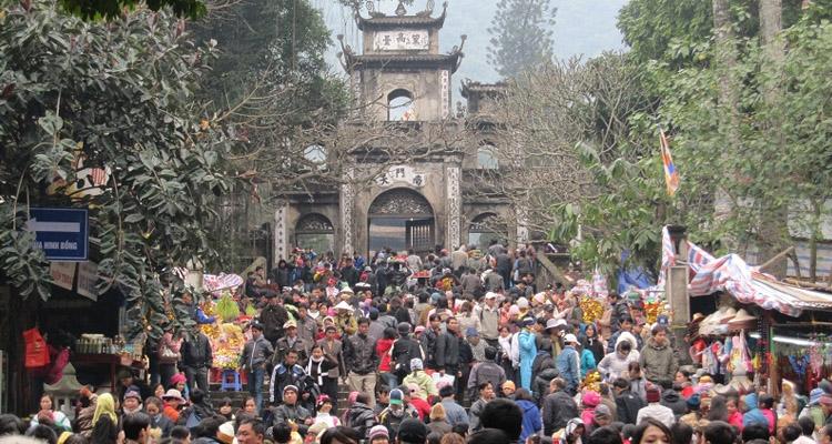 Kinh nghiệm du lịch Hà Nội hội chùa hương