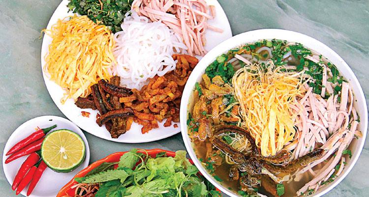 Kinh nghiệm du lịch Hà Nội bún thang