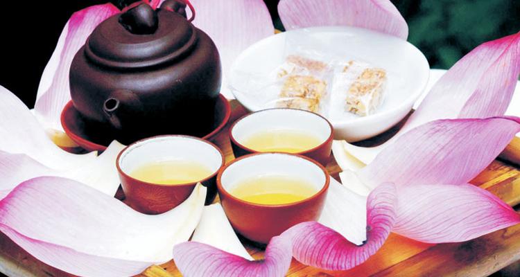 Kinh nghiệm du lịch Hà Nội trà sen