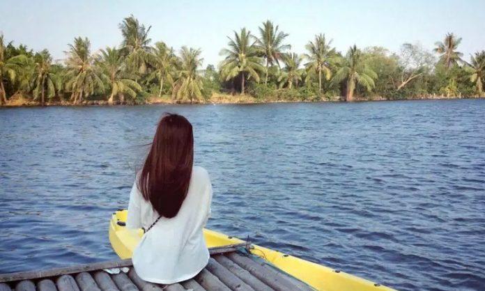 Làng du lịch Tre Việt - check in