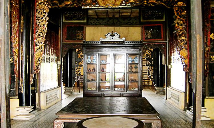 Nhà thờ Huỳnh Thủy Lê - trưng bày