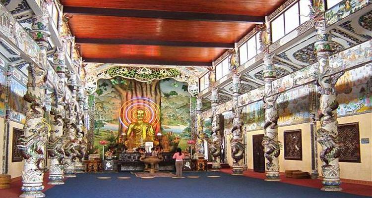 nhà ga Đà Lạt - chùa linh phước