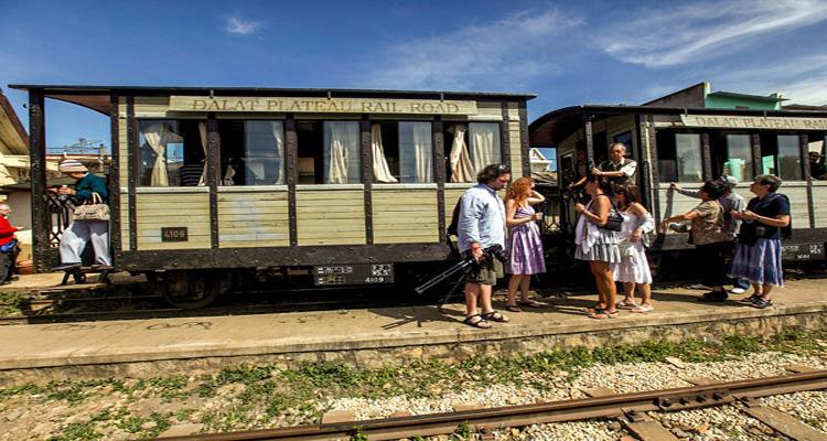 nhà ga đà lạt - du lịch