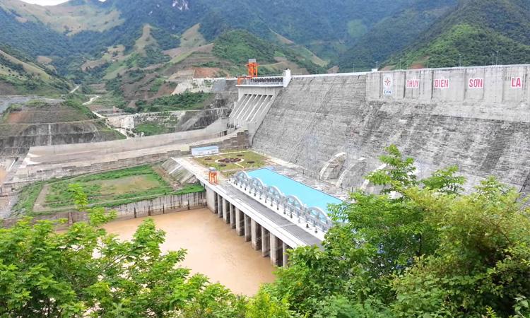 Nhà máy thủy điện Sơn La - hồ chứa