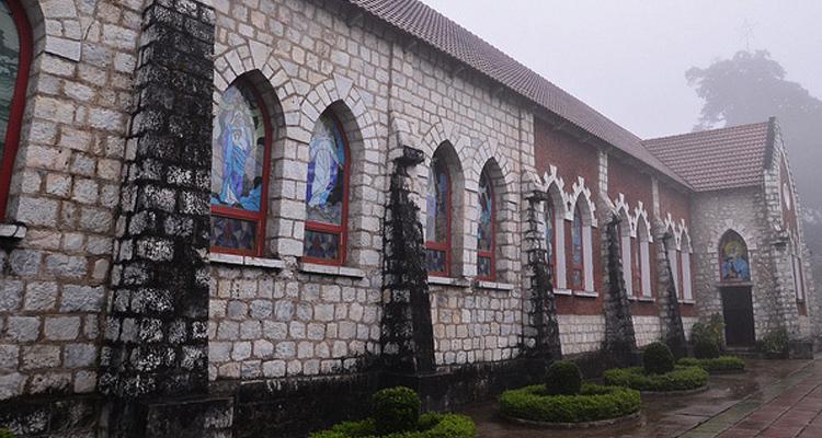 Nhà thờ đá Sapa 09