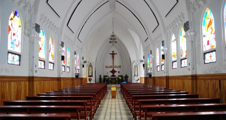 Nhà thờ đá Sapa 12