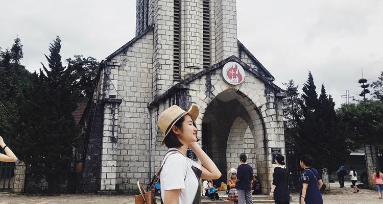 Nhà thờ đá Sapa 16