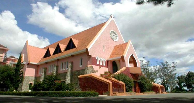 nhà thờ domaine de marie - mái nhà