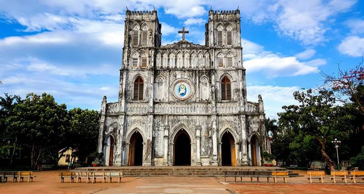Nhà thờ Mằng Lăng 02