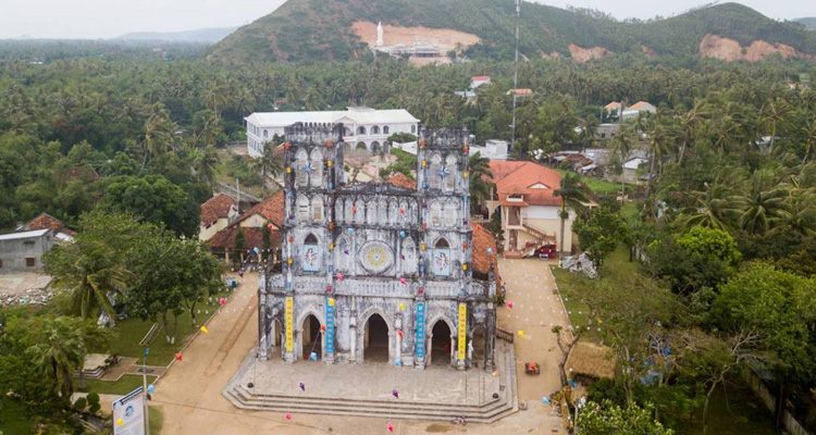 Nhà thờ Mằng Lăng 03
