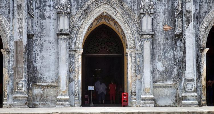 Nhà thờ Mằng Lăng 05