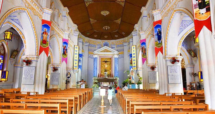 Nhà thờ Mằng Lăng 06