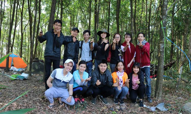 Núi Chứa Chan - cắm trại
