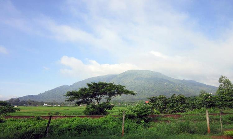 Núi Chứa Chan - trekking