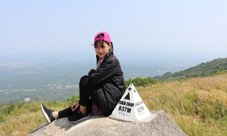 Núi Chứa Chan - cột mốc
